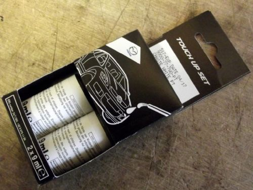 Paint touch up kit, genuine Mazda, PT Chaste White